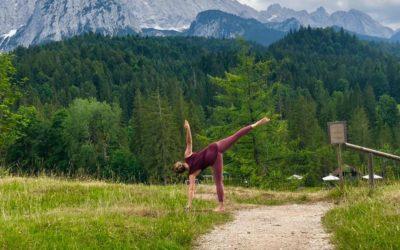 Der Halbmond im Yoga: Finde Dein Gleichgewicht